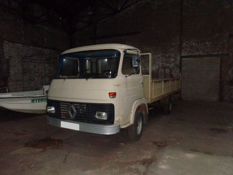 Saviem sg4 d occasion clacy et thierret auto vec for Garage clacy et thierret voiture occasion