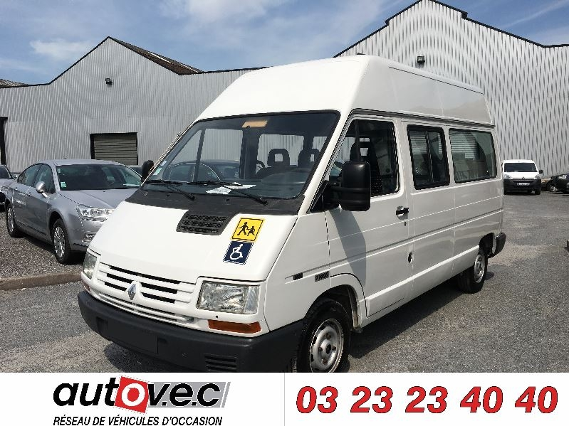 Renault TRAFIC MICROBUS LONG 2.2 67CH Essence BLANC Occasion à vendre