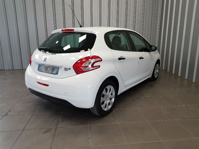 Photo 5 de l'offre de PEUGEOT 208 AFFAIRE 1.6 E-HDI 92 FAP PACK CD CLIM 5P à 7990€ chez Auto VEC