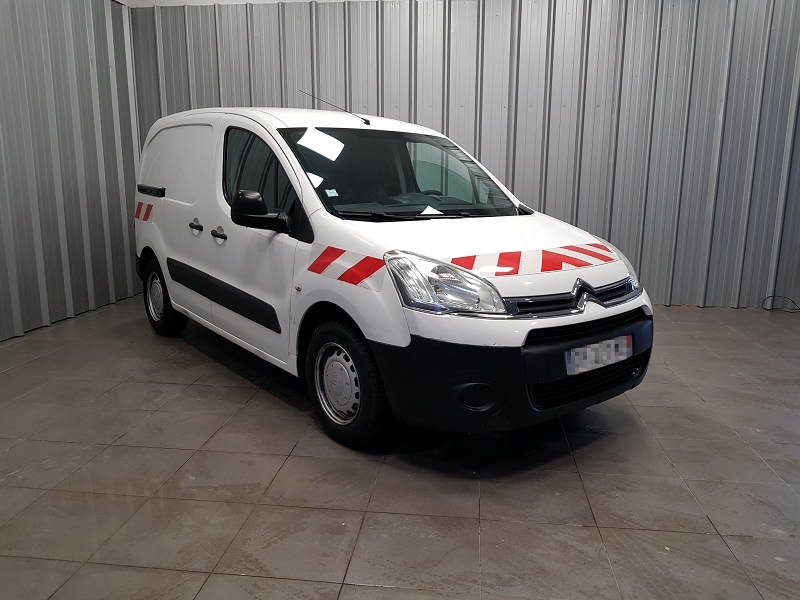 Photo 2 de l'offre de CITROEN BERLINGO 20 L1 HDI 75 CLUB à 7990€ chez Auto VEC