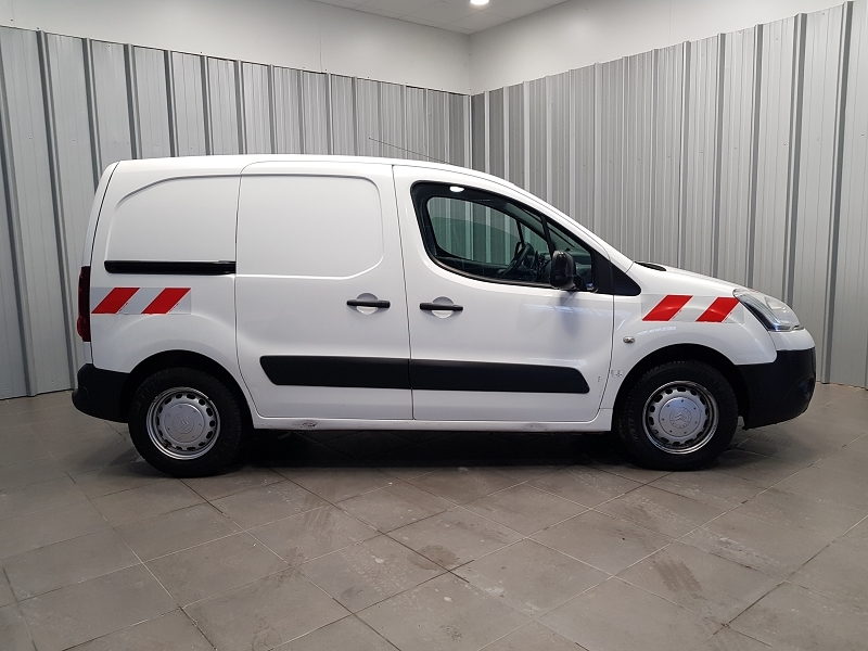 Photo 3 de l'offre de CITROEN BERLINGO 20 L1 HDI 75 CLUB à 7990€ chez Auto VEC
