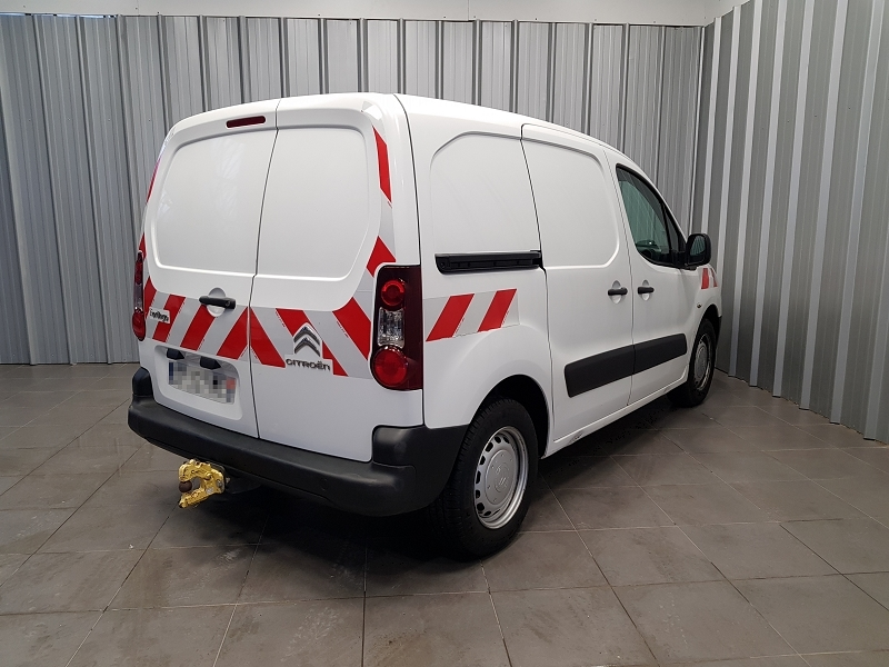 Photo 4 de l'offre de CITROEN BERLINGO 20 L1 HDI 75 CLUB à 7990€ chez Auto VEC