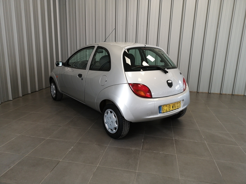 Photo 6 de l'offre de FORD KA 1.3 60CH OBSESSION 3P à 4490€ chez Auto VEC