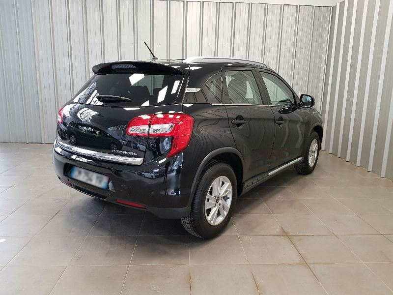 Photo 6 de l'offre de CITROEN C4 AIRCROSS 1.6 E-HDI115 4X2 BUSINESS à 16490€ chez Auto VEC
