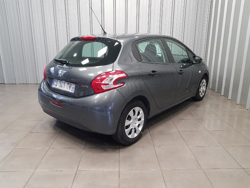 Photo 5 de l'offre de PEUGEOT 208 AFFAIRE 1.4 HDI 68 FAP PACK CD CLIM 5P à 6490€ chez Auto VEC