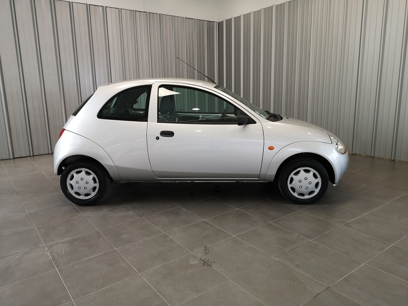 Photo 4 de l'offre de FORD KA 1.3 60CH OBSESSION 3P à 4490€ chez Auto VEC