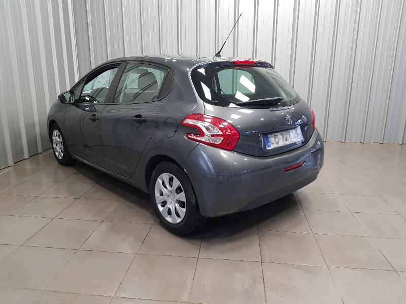 Photo 6 de l'offre de PEUGEOT 208 AFFAIRE 1.4 HDI 68 FAP PACK CD CLIM 5P à 6490€ chez Auto VEC