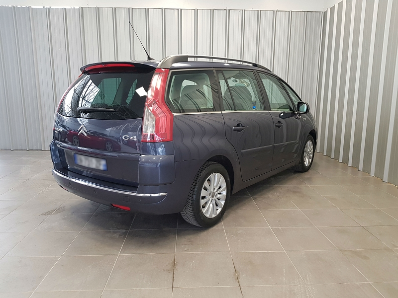 Photo 5 de l'offre de CITROEN GRAND C4 PICASSO 1.6 HDI110 FAP EXCLUSIVE BMP6 7PL à 7490€ chez Auto VEC