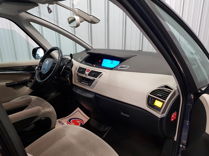 Photo 8 de l'offre de CITROEN GRAND C4 PICASSO 1.6 HDI110 FAP EXCLUSIVE BMP6 7PL à 7490€ chez Auto VEC