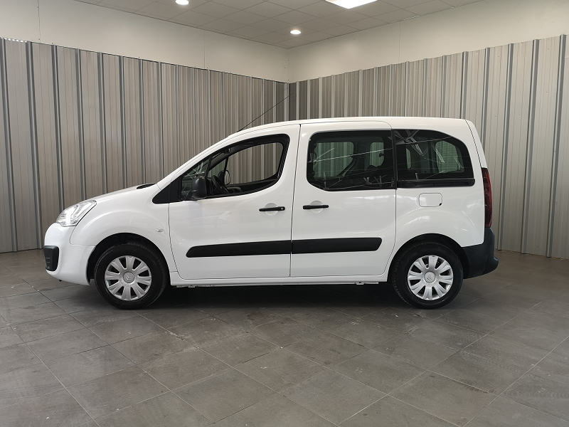 Photo 3 de l'offre de CITROEN BERLINGO BLUEHDI 75CH FEEL à 10990€ chez Auto VEC
