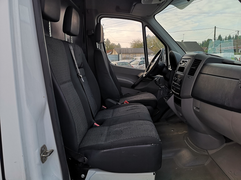 Photo 12 de l'offre de MERCEDES-BENZ SPRINTER FG 209 32N à 6990€ chez Auto VEC