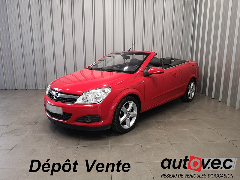 Opel ASTRA TWINTOP 1.6 TURBO COSMO Essence ROUGE  Occasion à vendre